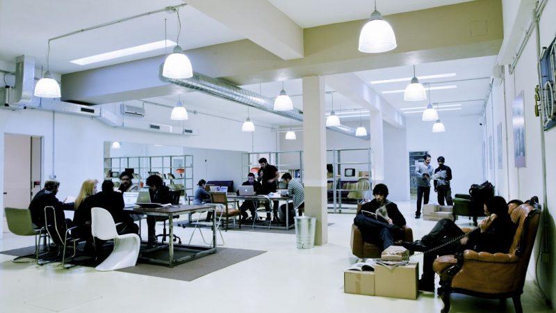 В Киеве резко выросло количество свободных офисов: ставки рухнули